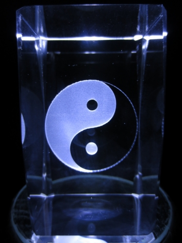 3D Laserblock mit Ying und Yang